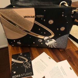 Michael Kors nouveau novelty Selma rocket bag